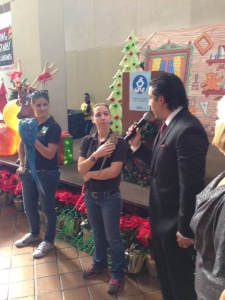 Jesus Salas and Zoo Miami Trainers and animals